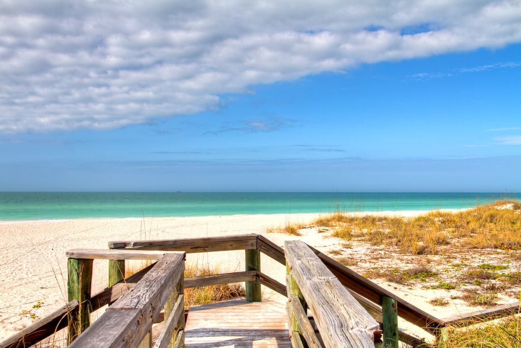 Anna Maria Island Beaches are beautiful.