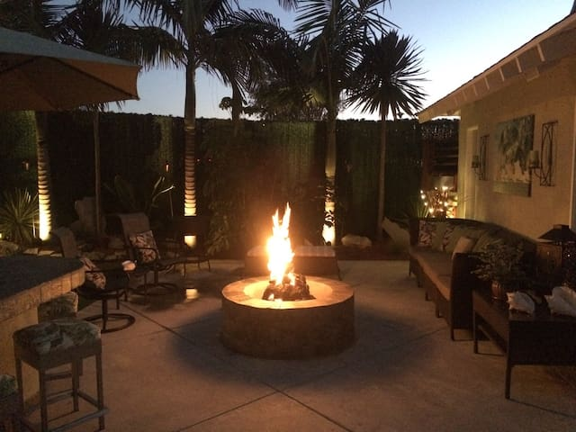 Private Detached Guest House - Huntington Beach