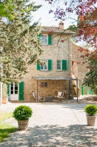 Apartment in Cortona with pool - Cortona - Apartment