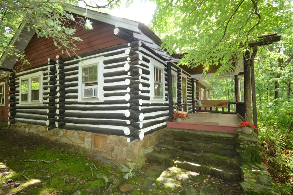 Asheville dreamer 39 s cabin cabins for rent in asheville for Asheville area cabin rentals