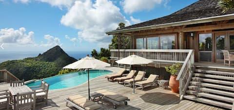 Magnificent private hilltop villa on magical Saba
