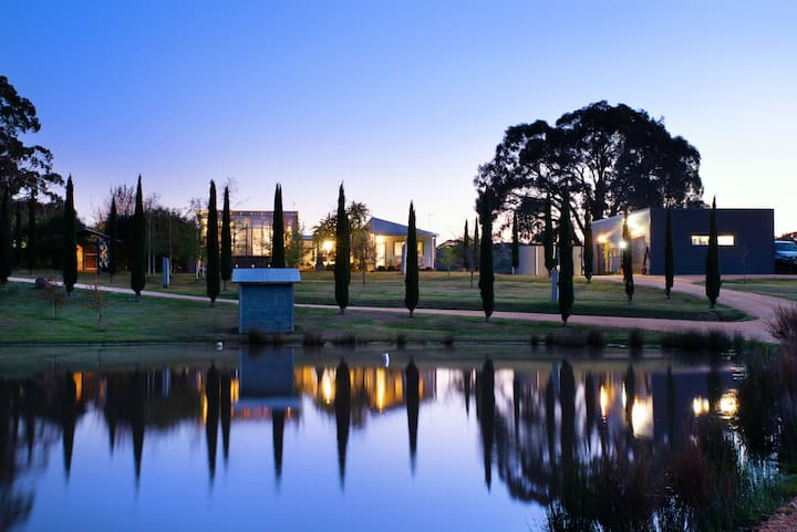 The Welcome Paddock - Luxury Country Estate