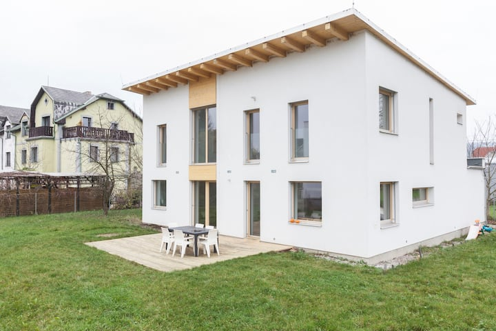 ⭐Modern villa | 3 bedrooms | 35min Prague centre