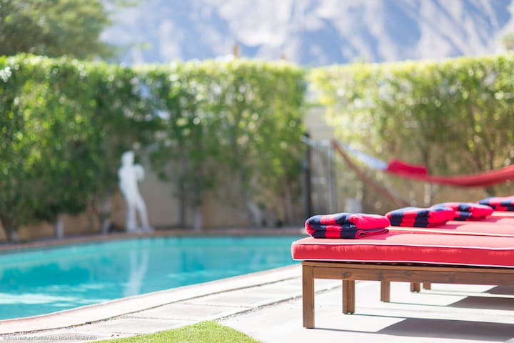 Shared retreat with stunning views! - Suite 1 - Palm Springs - Lägenhet