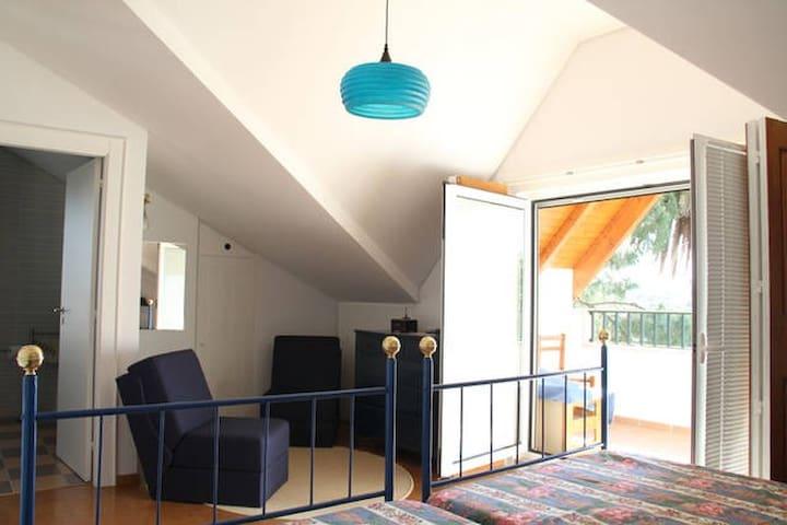 Blue room - Póvoa de Rio de Moinhos - Bed & Breakfast