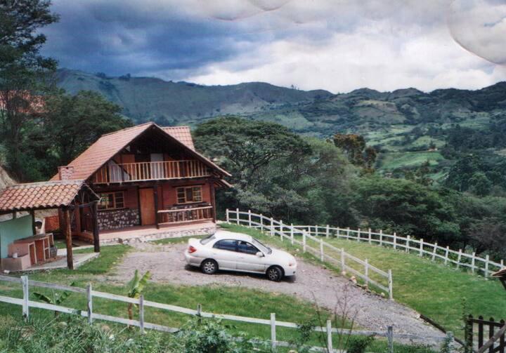 2-bdr cottage in southern Ecuador