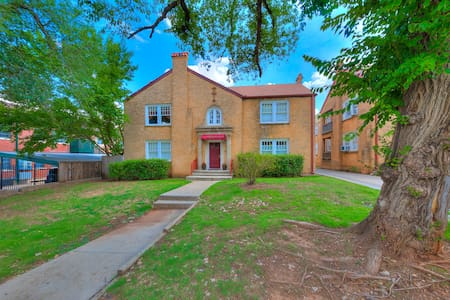 Studio Apt. in Historic Neighborhood - Oklahoma City