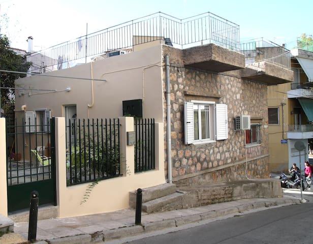 Stone family house in Kaisariani