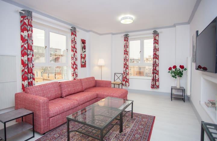 Bright City Apartment in Vibrant Merchant City