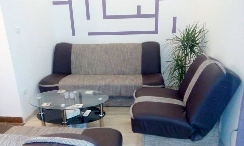 Charming and peaceful Apt for 7, near the Split - Žrnovnica - Appartement