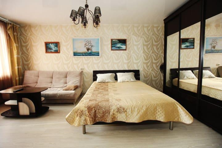 1к квартира в Центральном районе г.Кемерово - Kemerovo - Lejlighed