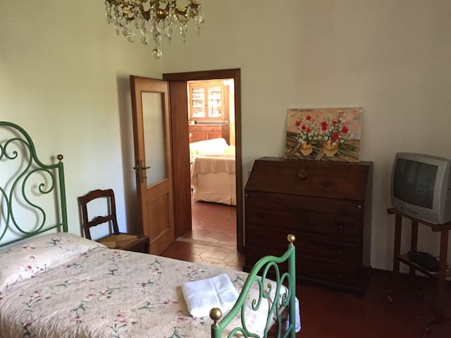 Twin bedroom ground floor (can be prepared as double)
