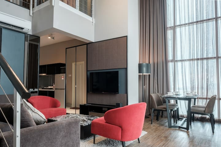 JULY PROMO!! N-Suite LUXURY DUPLEX SUITE