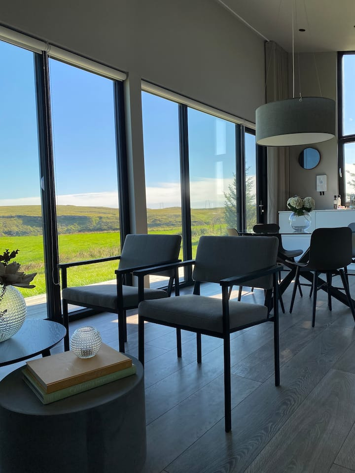 Luxury Lodges - Urriðafoss Apartments