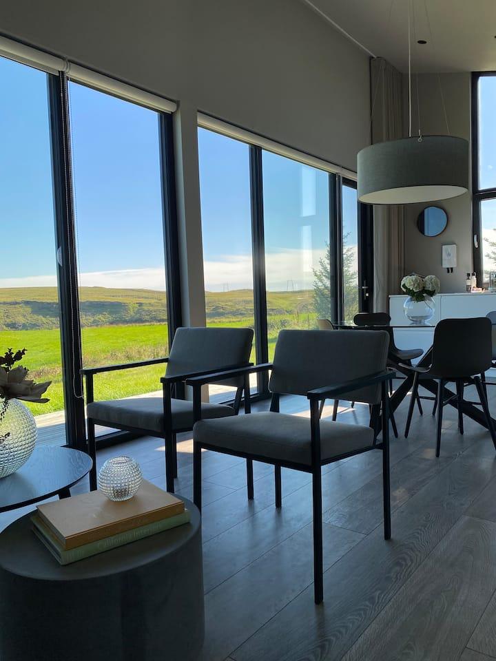 Luxury Lodges - Urriðafoss Apartments