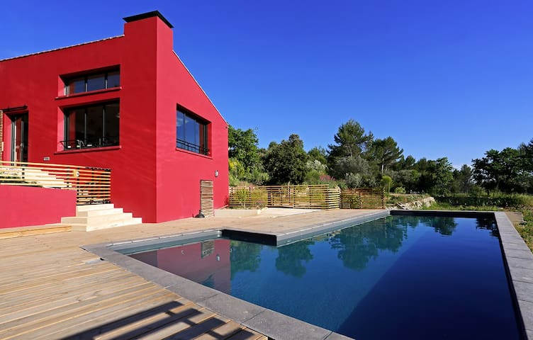 A bright architect-designed house - Flayosc - Casa