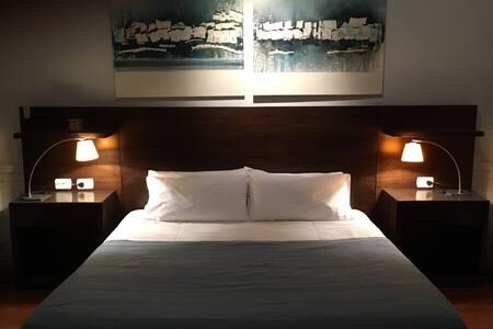 Comodo Monoambiente en microcentro - max 02 pers - Buenos Aires - Appartement