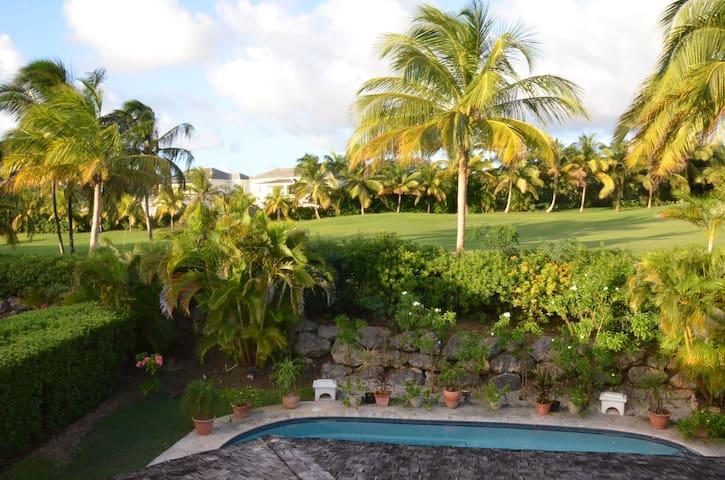 Luxury Golf Villa W/Pool  - Westmoreland - Dom