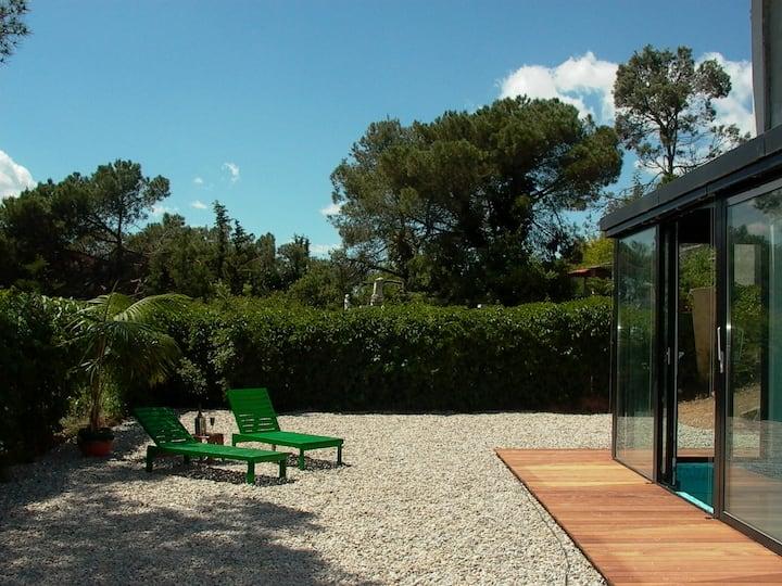 House with pool, 15 min Barcelona