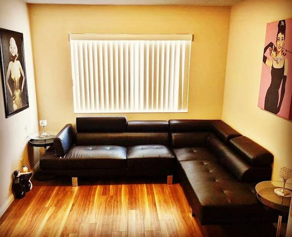 StripView Home W/ Pool | Kitchen-Side Lounge - Paradise - Apartment