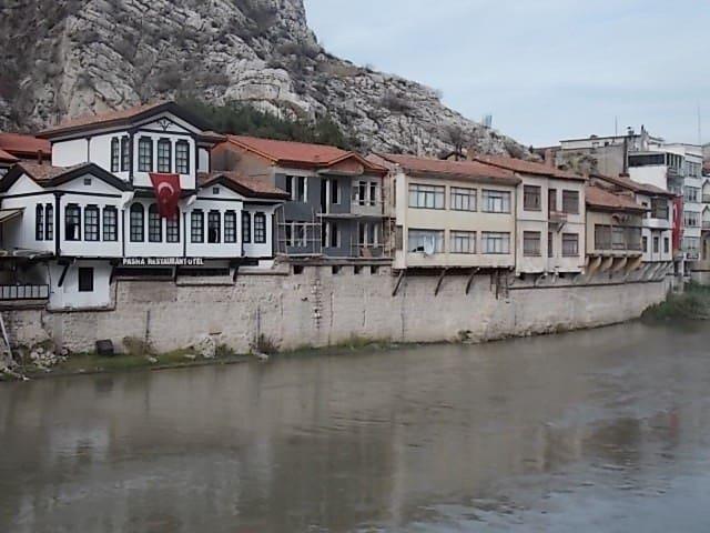 rennovated villa second floor in the heart  Amasya - Amasya Merkez - Leilighet