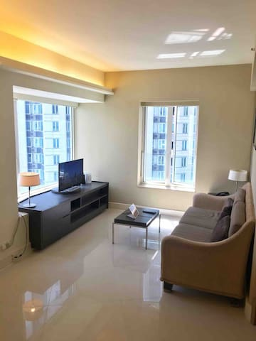 Cosy Room @ Luxurious Service Apartment in Kowloon