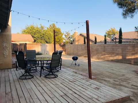 Peaceful Entire House in Rosamond