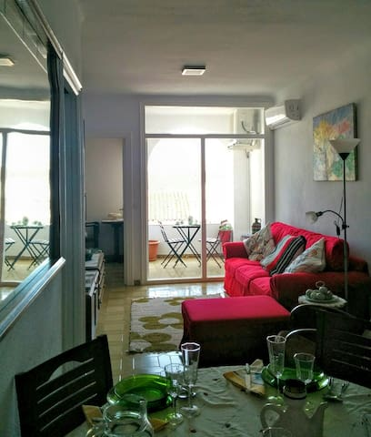 COZY APARTMENT NEAR TO BEACH - Calella - Daire