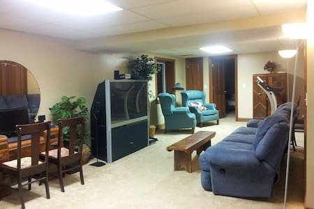 5 Near Creation Museum, CVG Airport - Burlington - Dom
