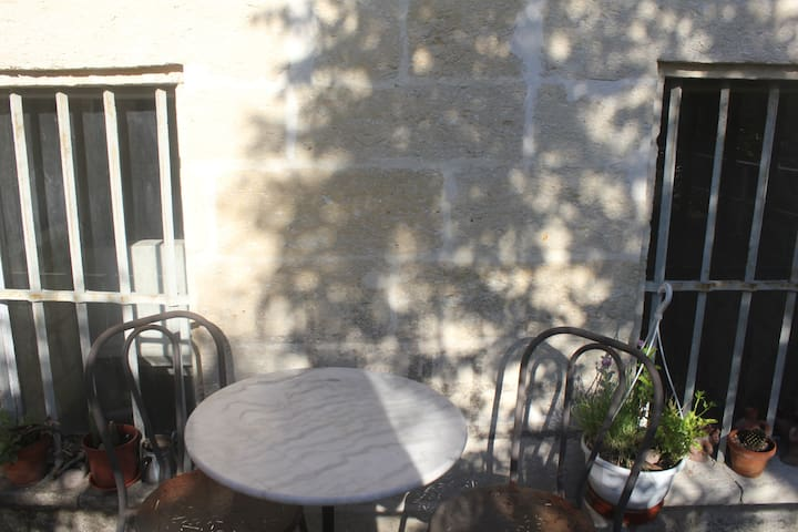 A 10 min d'Avignon, Barbentane, appartement 70m2