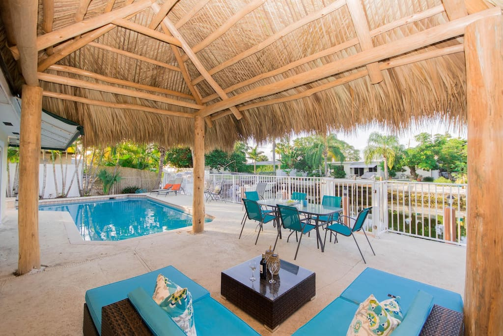 TikiHut by the Pool, Canal and Outdoor Kitchen