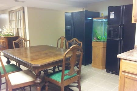 4 Near Creation Museum, CVG airport - Burlington