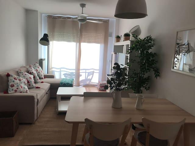 Apartamento recién reformado con vistas al río