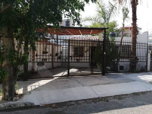 Huatulco Casa  2 habitaciones  sector K
