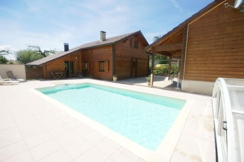 Spacious Chalet in Abbevillers with Swimming Pool