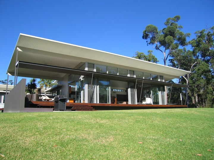 """""""Willabah"""" Luxury 5br Country Homestead"""