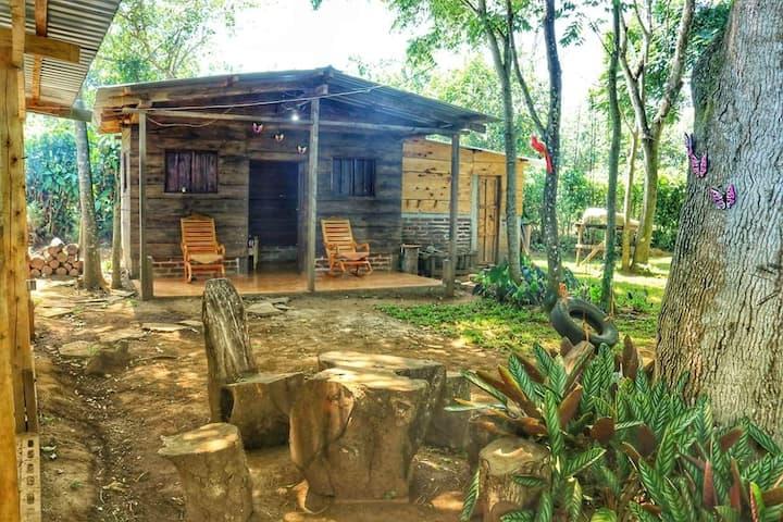 El EDÉN, cabañas y camping
