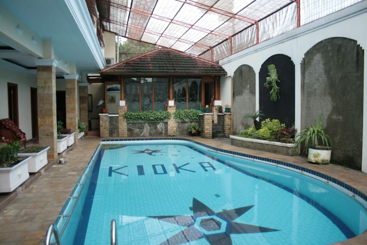 PENTHOUSE SAFETY COMPLETE Facility - South Jakarta