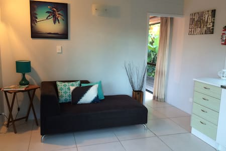 Cosy & Modern Studio in Muri Beach - Ngatangiia District