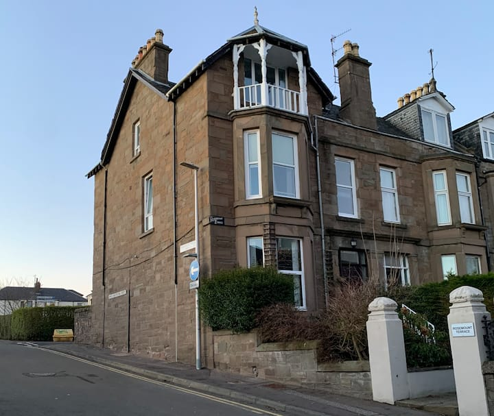 Large Family Home, Near Dundee City Centre.