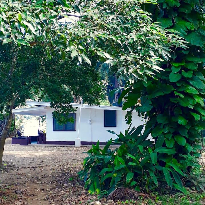 Man 'O War Bay Cottage #2 (2 Bedroom)