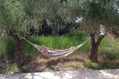 1 room in Greek 3 bed home - Lithakia - Dom