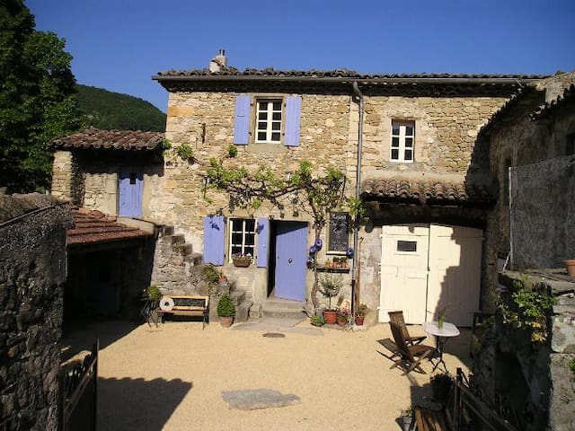 Bed & Breakfast La Ferme de Pauroux