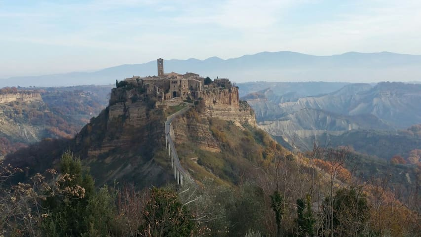 Visiting Civita di Bagnoregio? - Bagnoregio - House
