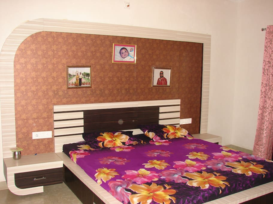 Bedroom pircture