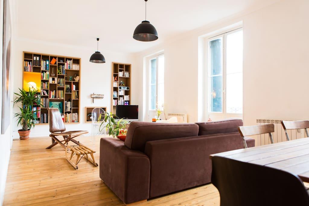 Bordeaux centre appartement type loft appartements for Appartement type loft