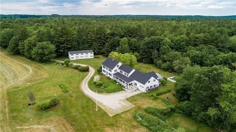 Spacious & private 5 room suite on 125 acre farm