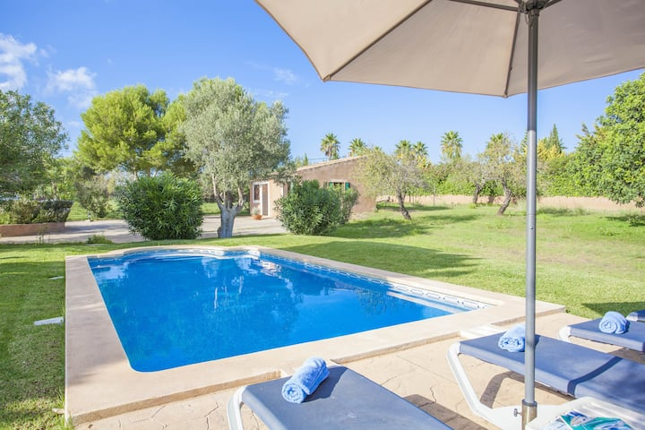 CAN ANDREU - Finca with private pool only 2.3 km away from the beach. Free WiFi