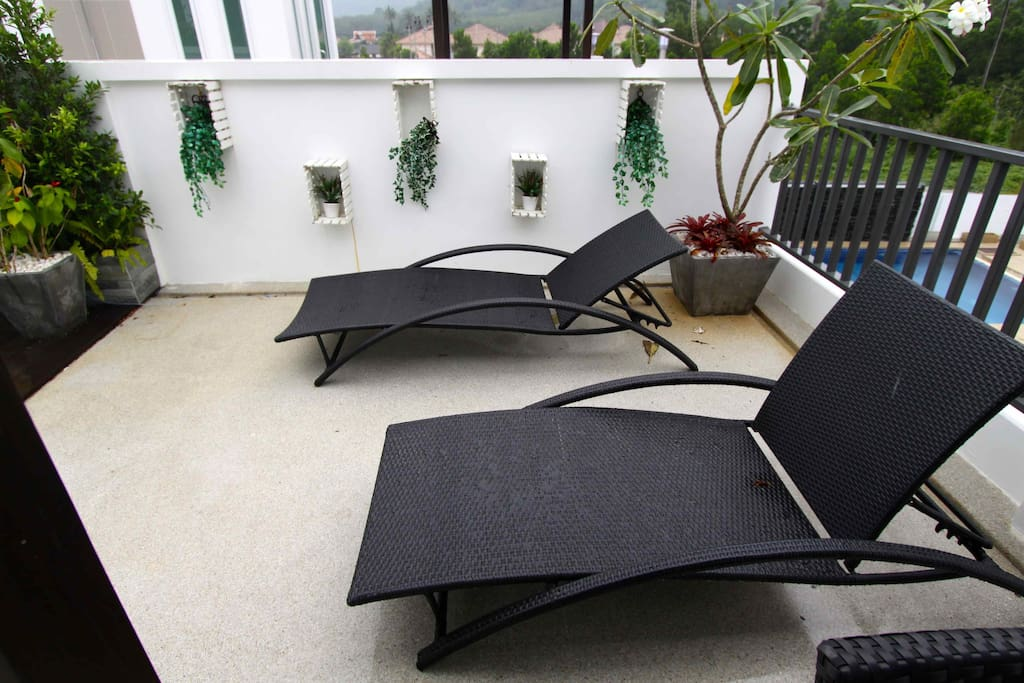 Relax at roof Sala - quality furniture