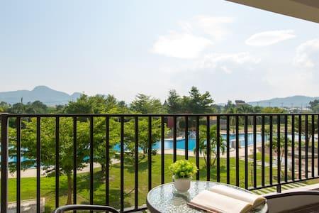 2 BDRM,Beautiful Garden & Pool View - Nong Kae